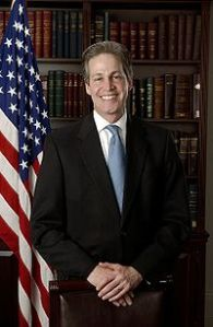 200px-Norm_Coleman_official_portrait